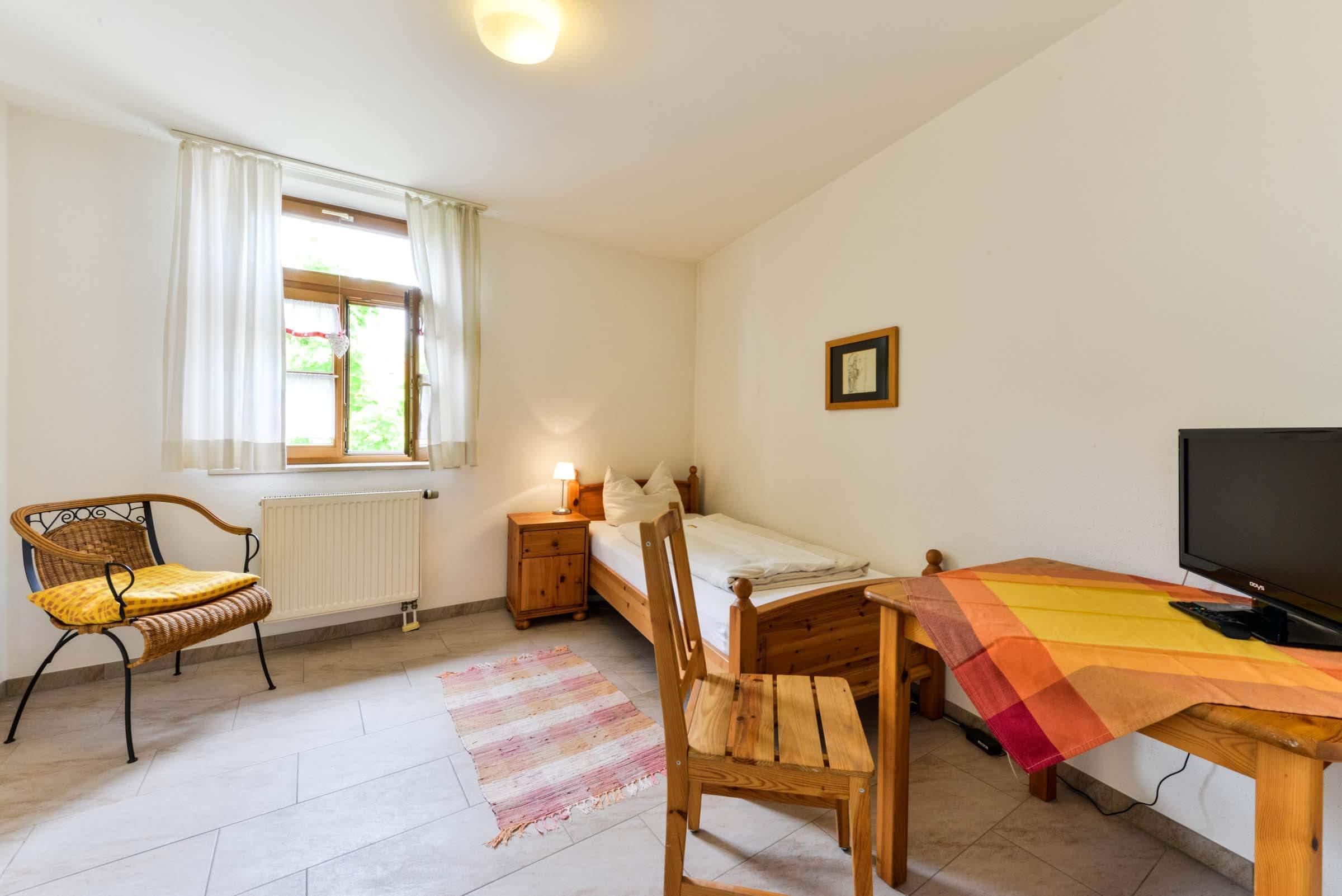 Gästehaus-am-Turm-Einzelzimmer-5