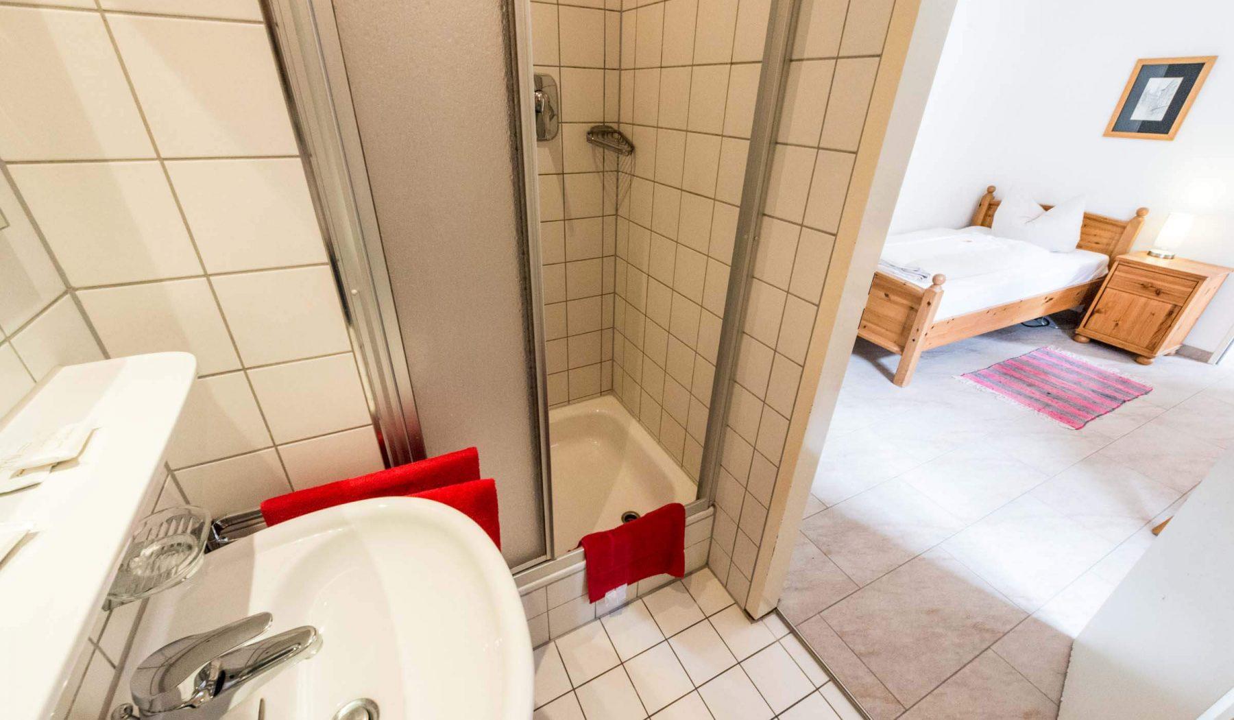 Gästehaus am Turm Einzelzimmer Bad